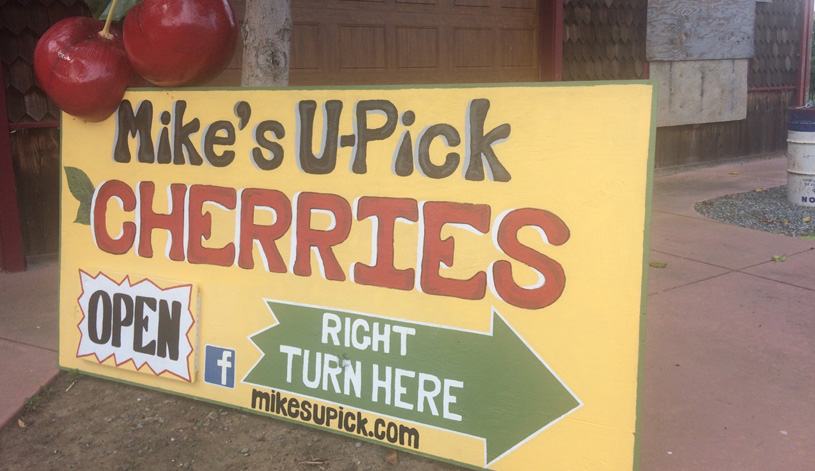 Mike's Upick sign on road